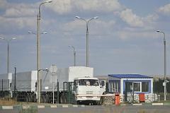 Грузовики гуманитарного конвоя начали возвращаться в Россию