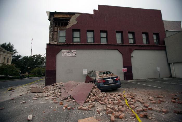 Чрезвычайное положение объявлено в Калифорнии после землетрясения