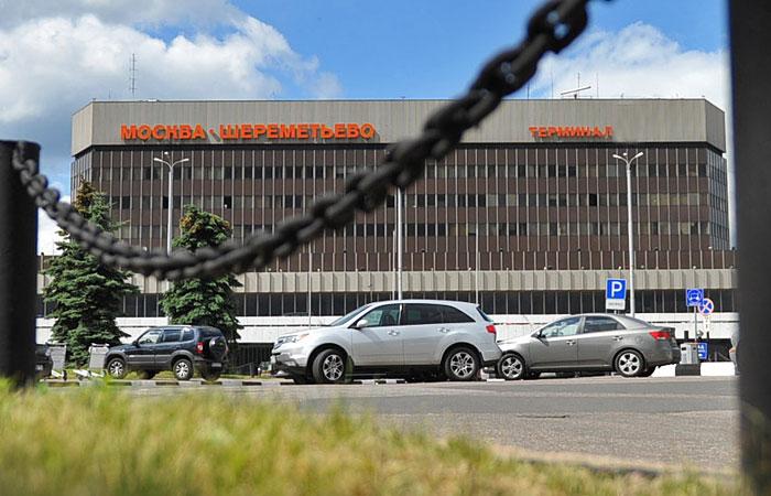 """СКР возбудил уголовное дело о смерти пассажира в """"Шереметьево"""""""