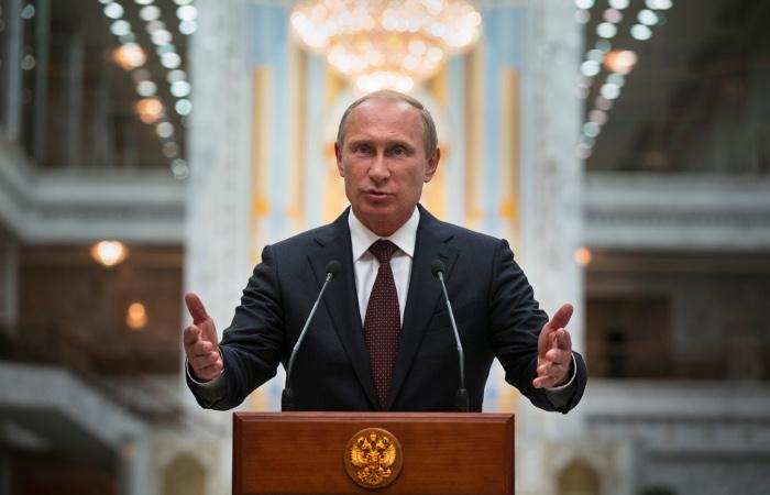 Путин обратился к ополченцам на фоне очередного обострения отношений между Россией и Украиной.