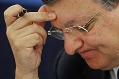 АЕБ попросила встречи с Баррозу для предотвращения новых санкций