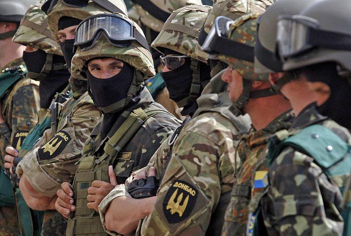 Добровольческие батальоны потребовали от властей Украины улучшить их вооружение
