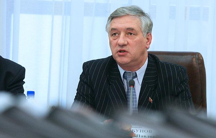 В мэрии Москвы оказались в курсе наличия фирмы у жены главы Мосгоризбиркома