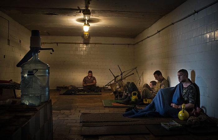 Порошенко объявил о начале обмена пленными в субботу