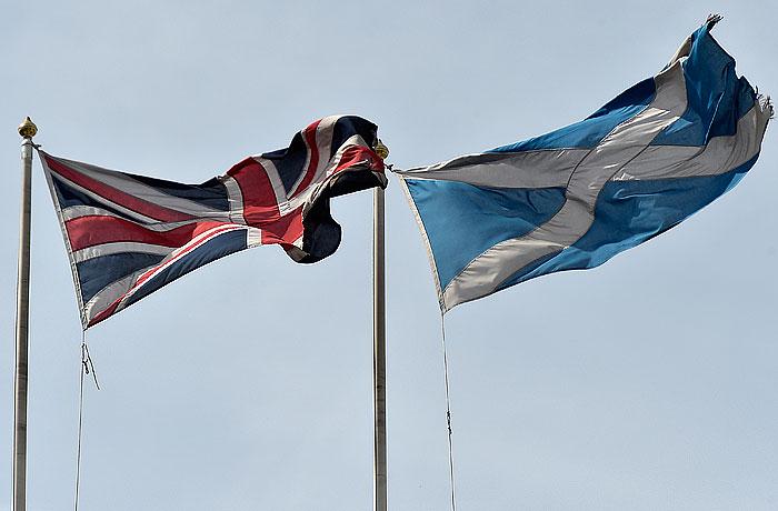 Лондон предложил Шотландии больше свобод в обмен на отказ от независимости