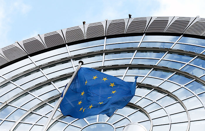 В ЕС объяснили решение об отсроченных санкциях в отношении России