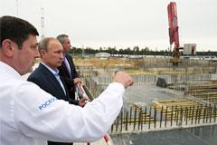 """Путин привлечет правоохранительные органы к проверке строительства космодрома """"Восточный"""""""