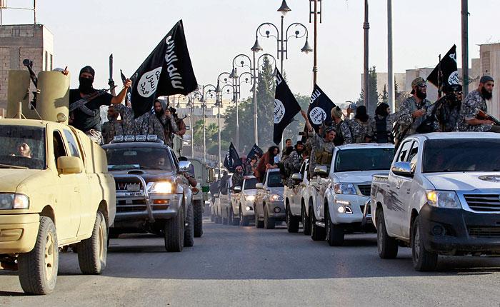 """ЦРУ втрое увеличило оценки численности боевиков """"Исламского государства"""""""
