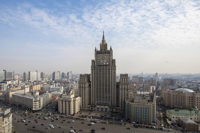 """МИД РФ пообещал США ввести """"контрсанкции"""""""
