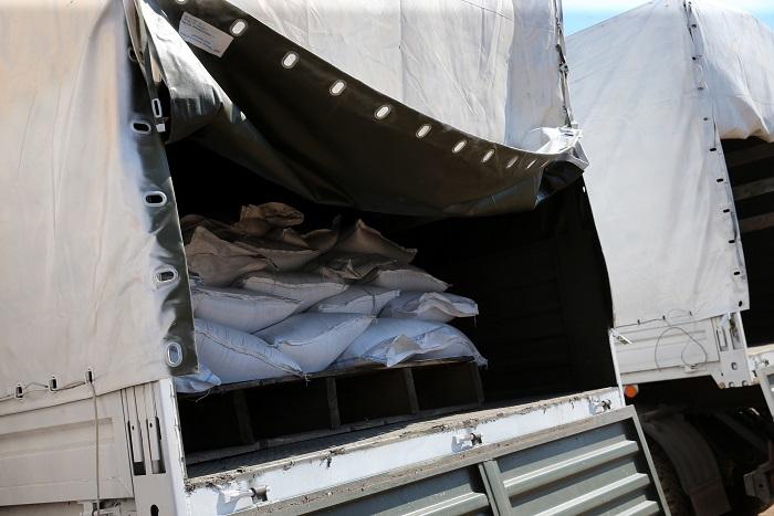Российские таможенники завершили оформление гуманитарного груза для Украины
