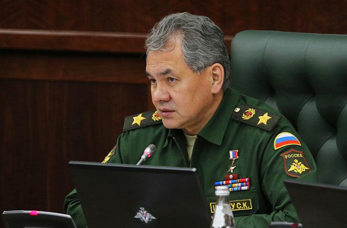 Шойгу анонсировал развертывание группировки войск в Крыму
