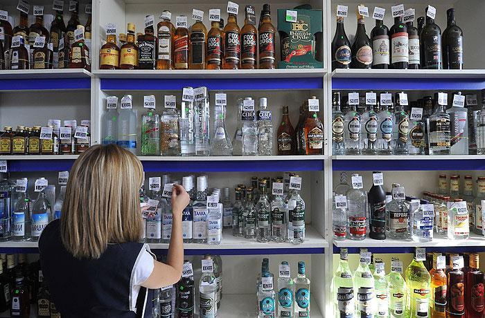 Власти задумались об ограничениях на ввоз алкоголя из стран ТС