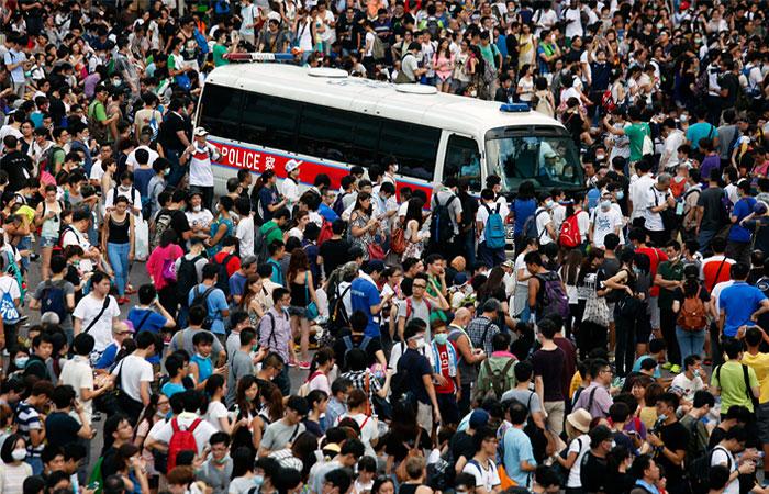 Центр Гонконга оказался заблокирован из-за протестов