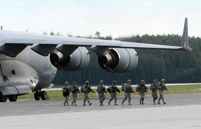 Военнослужащие США во время учений.