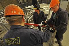 Три станции московского метро полностью закроют на ремонт в 2015 году