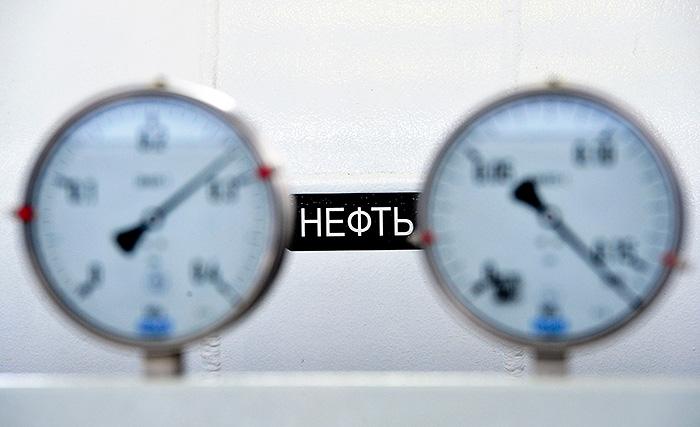 Нефть Brent подешевела почти на 20% с начала года
