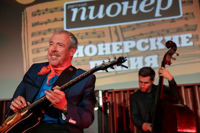 Иванов опроверг сообщения о причастности Кремля к срыву концертов Макаревича