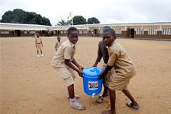 ООН предупредила об опасности продовольственного кризиса из-за Эболы