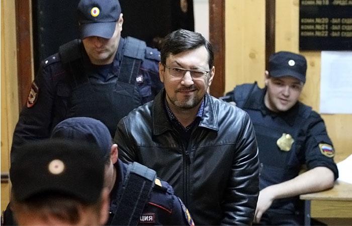 Бывшего лидера ДПНИ отправили под домашний арест