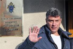 """Немцов сообщил о вызове на допрос по делу о """"картине Навального"""""""