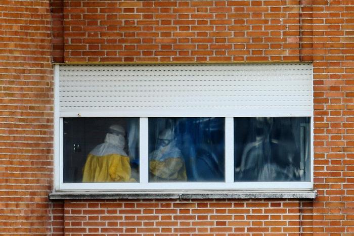 Испанская медсестра вылечилась от вируса Эбола