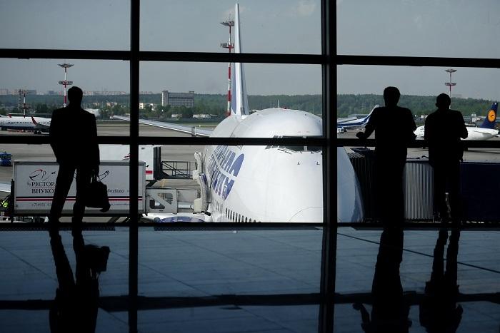 """В аэропорту """"Внуково"""" разбился частный самолет"""