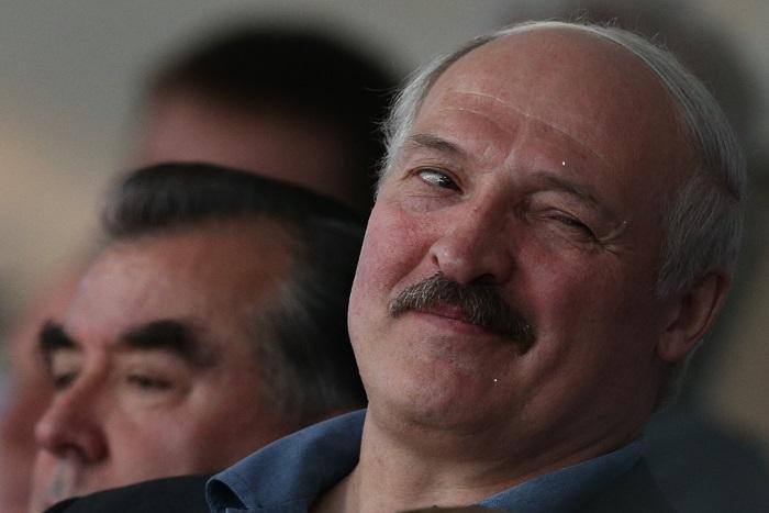 """Лукашенко разрешил вернуть наказание за """"тунеядство"""""""
