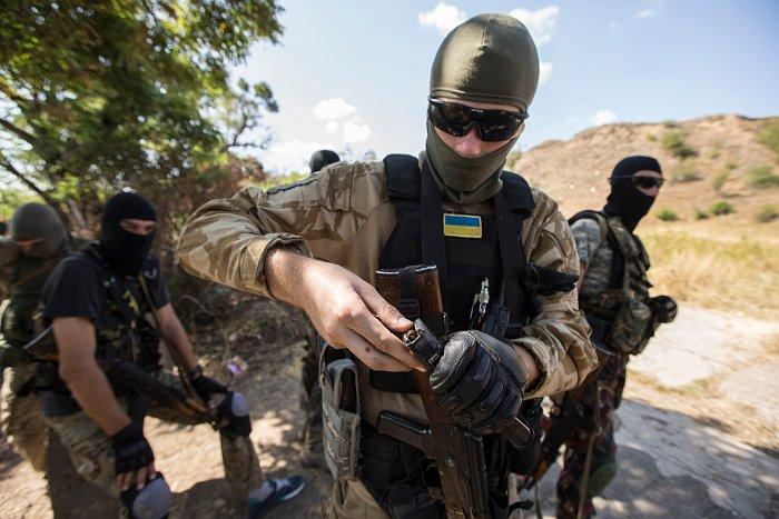 Власти Мариуполя заявили об обстреле позиций украинских войск возле города