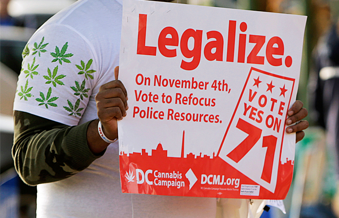 Жителям столицы США разрешили выращивать и раздавать марихуану