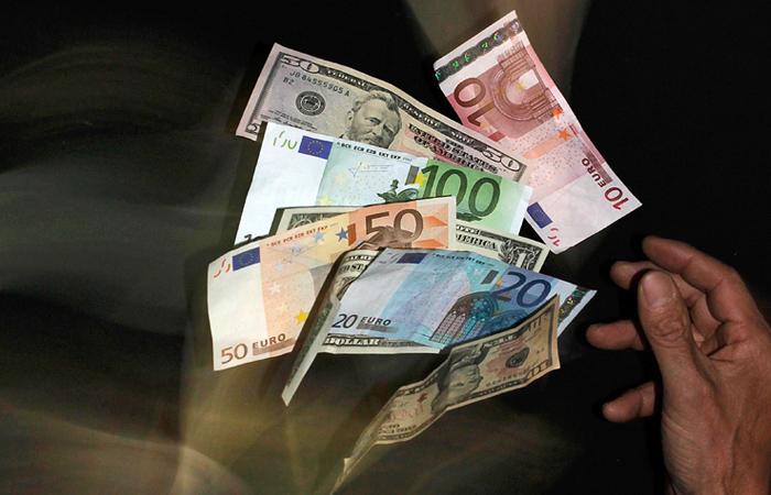 Евро преодолел отметку в 60 рублей