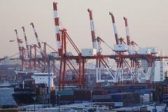 Японская экономика неожиданно скатилась в рецессию