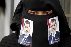 Египетские прокуроры потребовали казнить бывшего президента Мурси