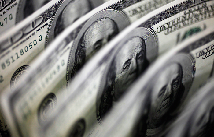 Нефть Brent выросла до $80 на фоне решений ЦБ Китая