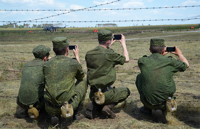 Газета «Известия» заподозрила Минобороны в незнании ситуации на местах