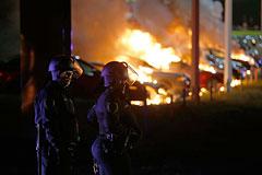В Фергюсоне задержали несколько десятков участников беспорядков