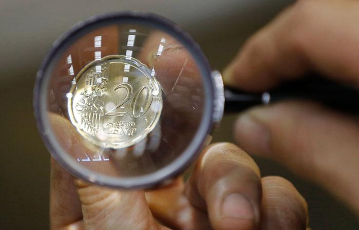 Евро взлетел выше 64 рублей
