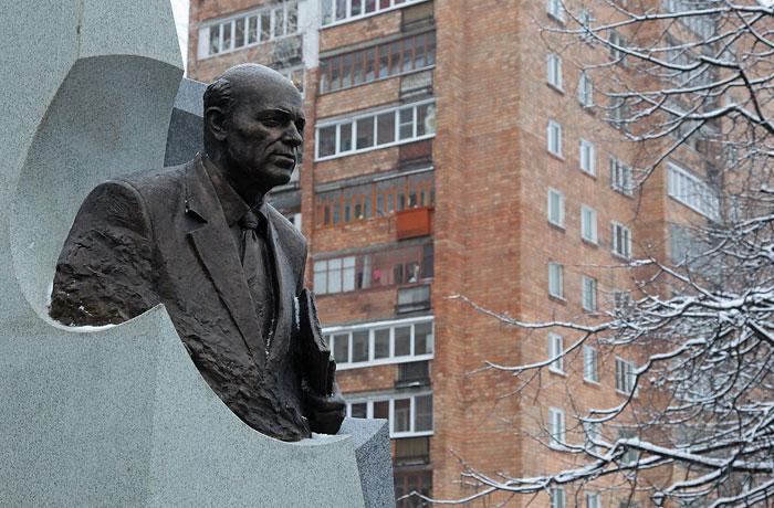 Заказать памятник в нижнем новгороде памятники надгробные гранит уфа