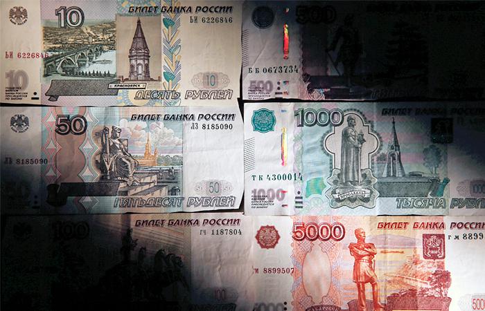 Доллар с начала года вырос к рублю более чем вдвое