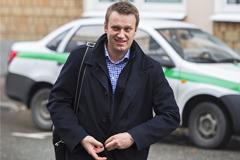 """Прокурор потребовал для Навального 10 лет по делу """"Ив Роше"""""""