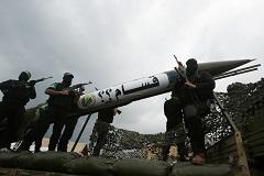 Израиль впервые после летней операции нанес авиаудар по сектору Газа