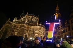 Более 17 тысяч человек вышли на антиисламские демонстрации в Германии