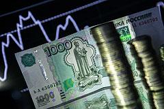 Доллар и евро усилили падение на фоне растущей нефти