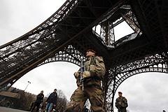 Повышенный уровень террористической угрозы будет действовать во Франции еще несколько недель