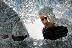 Снаряд попал в автобус с людьми в ДНР