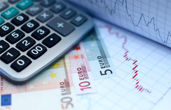 Евро превысил 77 рублей