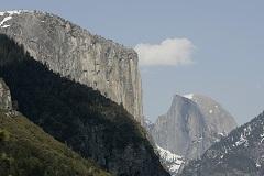 Двое американцев впервые покорили одну из самых отвесных скал без снаряжения