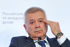 Алекперов допустил снижение цены на нефть до $25