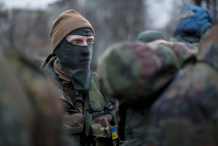 Украинские военные начали эвакуировать раненых из донецкого аэропорта