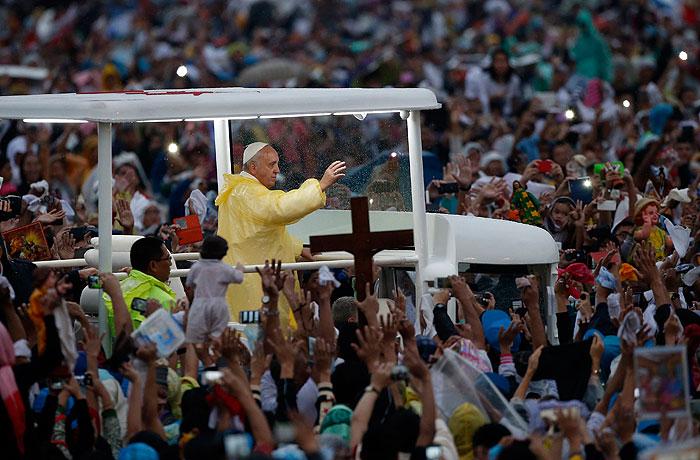 На мессу папы римского в Маниле пришли рекордные 6 млн человек