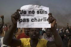 В Нигере за два дня протестов против Charlie Hebdo погибли десять человек